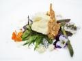 4-tometta-fresca-della-valchiusella-erbe-spontanee-polvere-di-olio-di-noci